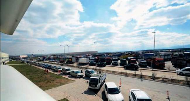 TIR ve kamyonlar Kazan'a taşındı