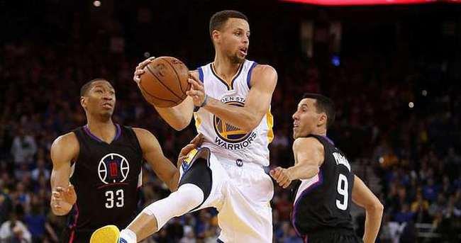 Curry-Thompson'dan 65 sayı