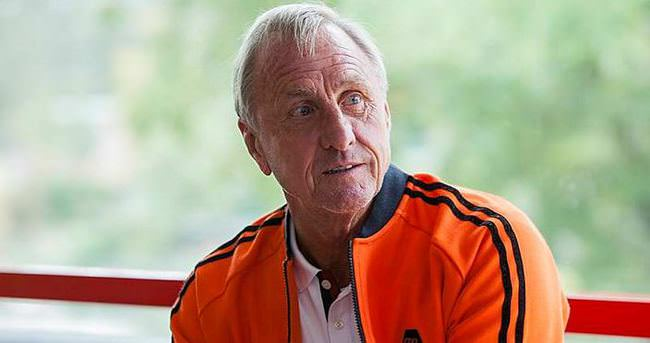 Johan Cruyff vefat etti