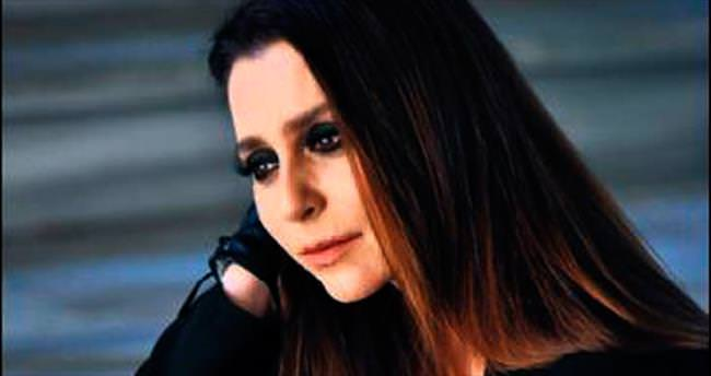 Pelin Körmükçü ilk albümünü dedesine ithaf etti