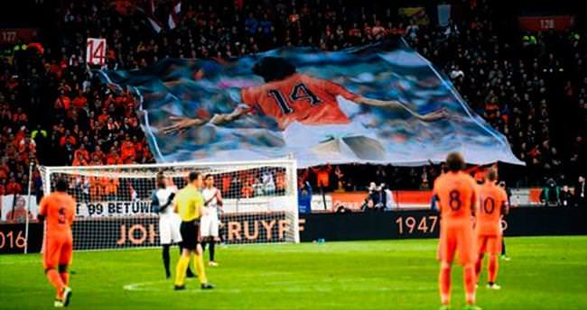 Futbol, Cruyff'a ağlıyor