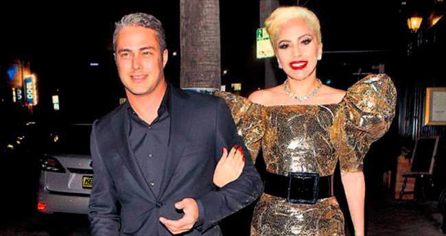Gaga'nın yaşgününde yıldızlar karması