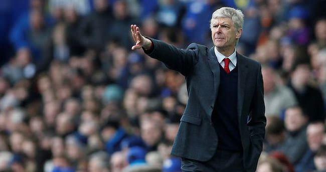 Wenger ayrılmayı düşünmüyor