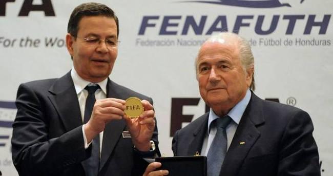 FIFA yetkilisinden rüşvet itirafı