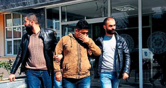 Göçmen kaçakçıları yakalandı