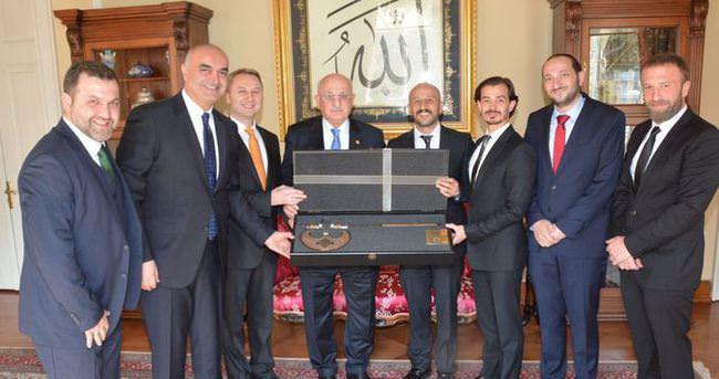 Faziletliler Kulübü'nden TBMM Başkanı Kahraman'a ziyaret