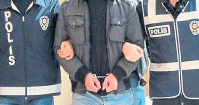 Aranan iki PKK'lı İzmir'de tutuklandı