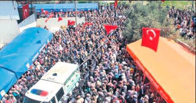 Adana şehidini binler uğurladı