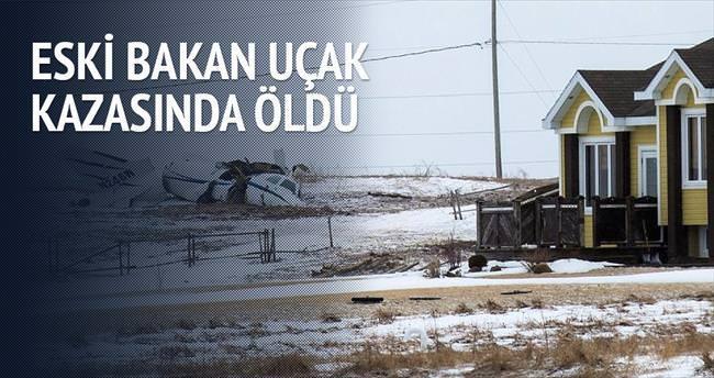 Eski ulaştırma bakanı uçak kazasında öldü