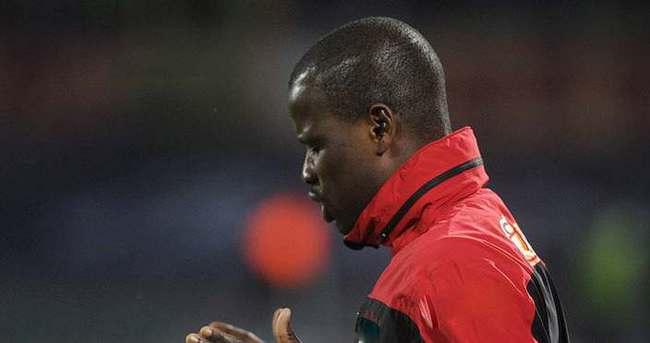 FIFA'dan Eboue'ye ceza