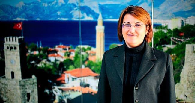 Antalya'nın 'Vali annesi'
