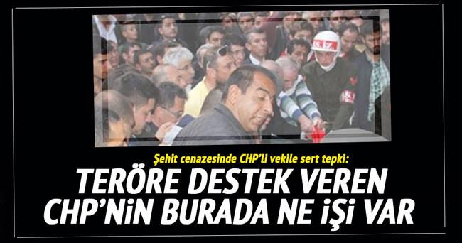 Şehit cenazesinde CHP'li vekile sert tepki!