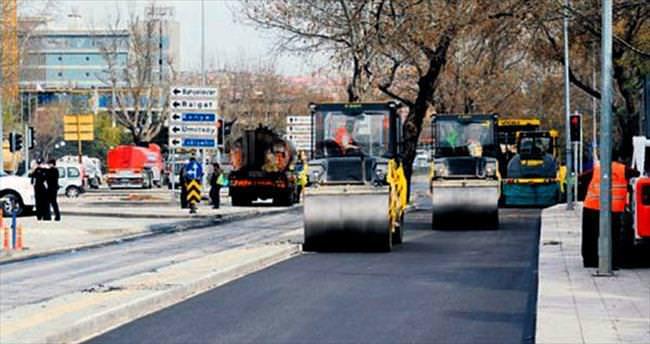 Yenilenen yol trafiğe açıldı