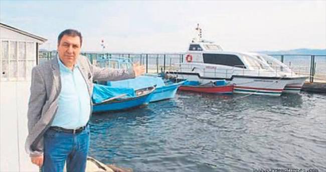 Deniz ambulansı atıl durumda bekliyor