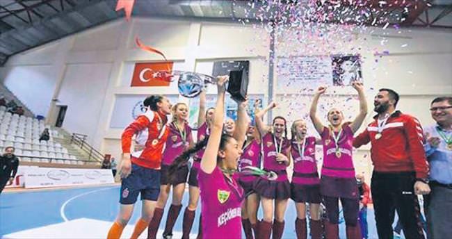 Şampiyon Bağlumspor Fransa'da ter dökecek