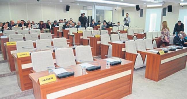 Başkan Selvitopu meclisi toplayamadı