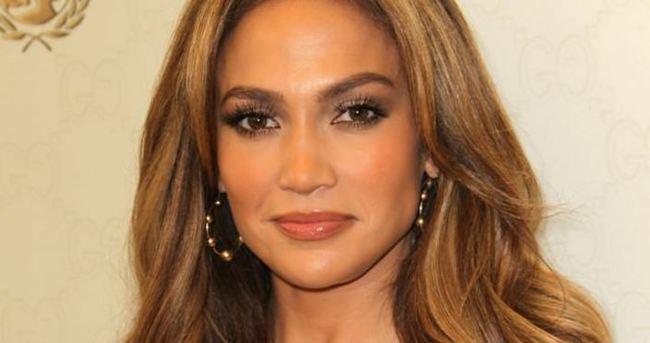 Jennifer Lopez müjdeli haberi verdi