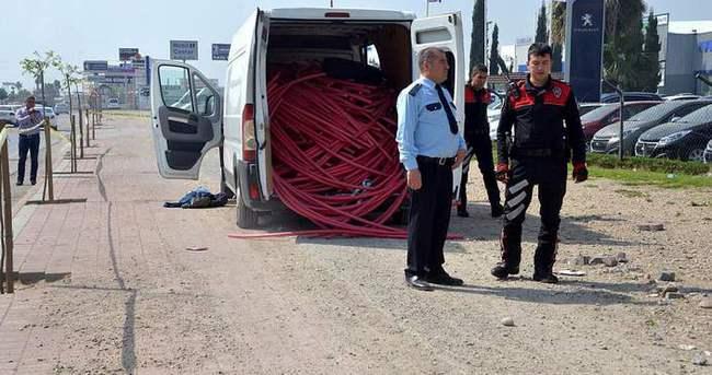 Bomba ihbarında bulunulan araçta çalıntı kablo çıktı