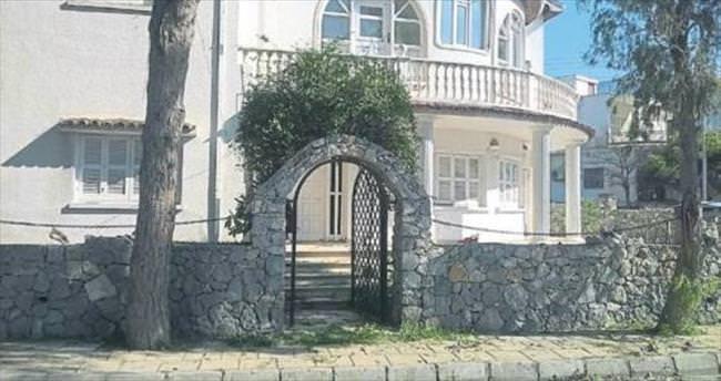Girne Üniversitesi Kıbrıs Sanat Müzesi'ni kuruyor