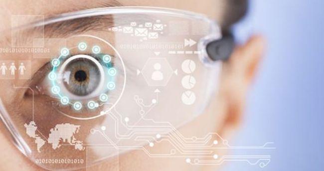 Samsung akıllı lensiyle geliyor