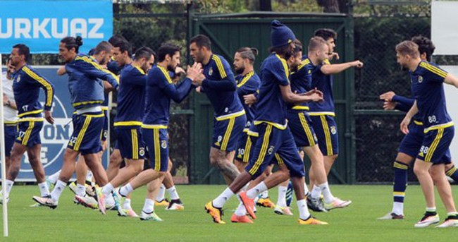 Fenerbahçe, Konyaspor'a hazır
