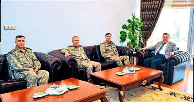 Korgeneral İbrahim Yaşar, Vali Kerem Al'ı ziyaret etti
