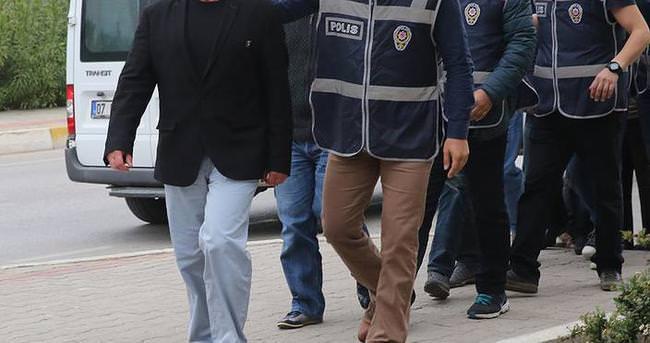 Antalya'daki FETÖ/PDY operasyonunda 17 kişi tutuklandı