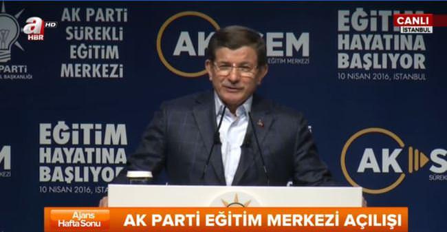 Başbakan Ahmet Davutoğlu konuşuyor