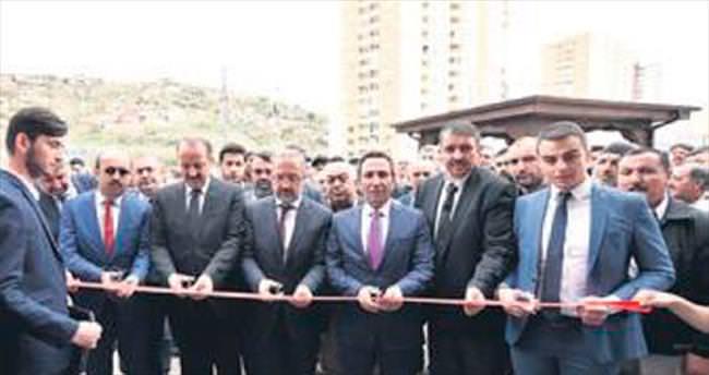 Halil Şahin Çam Camisi dualarla açıldı