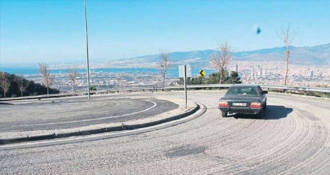 Parçalanan asfalt!