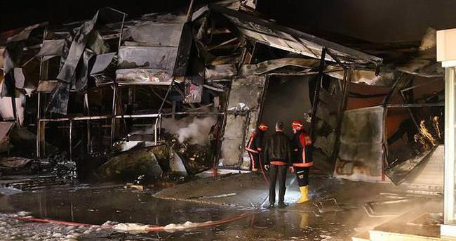 Sapanca'daki tekstil fabrikasında çıkan yangın söndürüldü