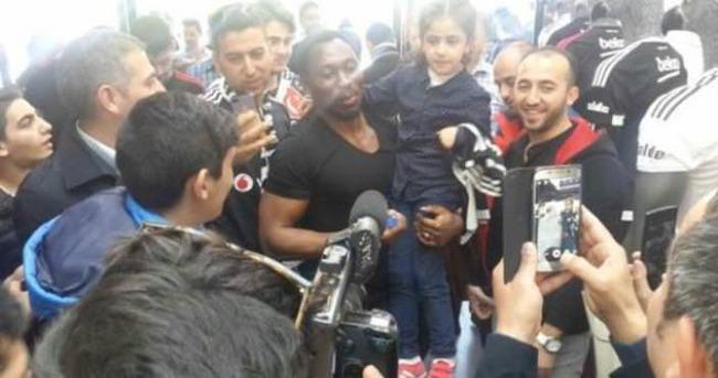 Amokachi, Beşiktaş'ı salladı!