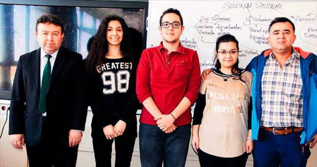 Devlet okulları YGS'de rekorları alt üst etti