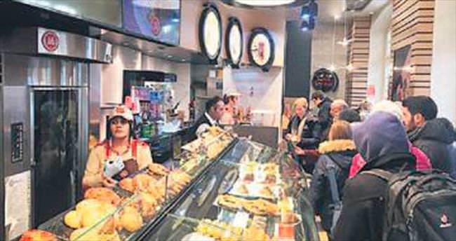 Simit Sarayı Almanya'da 6'ncı mağazasını açıyor