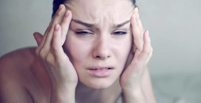 Baş ağrısı boyun fıtığının habercisi olabilir