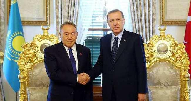Cumhurbaşkanı Erdoğan, Nursultan Nazarbayev ile görüştü