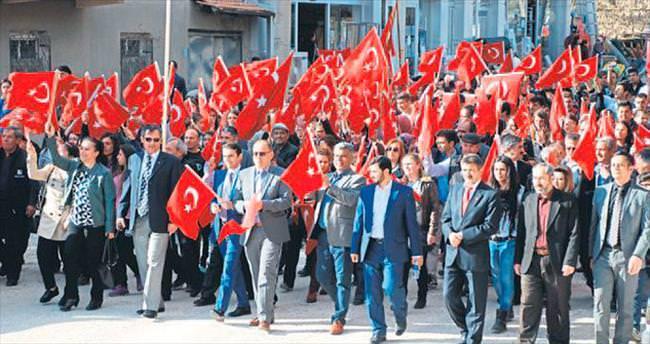Karamanlı'da teröre tepki yürüyüşü