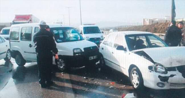 Kırıkkale'de 2 kazada 3 yaralı