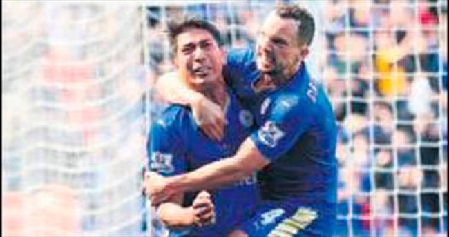 Leicester City'ye hakemden fren!