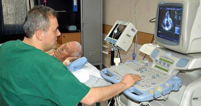 Kalp kapağı kansız değiştirildi, 24 saatte taburcu oldu