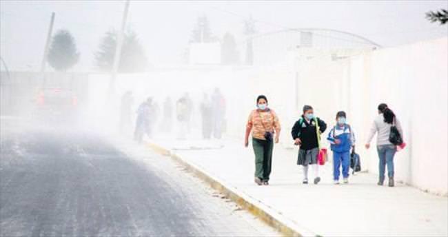 Meksika'yı kül bastı