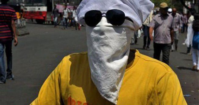 Hindistan'da aşırı sıcaklar can aldı