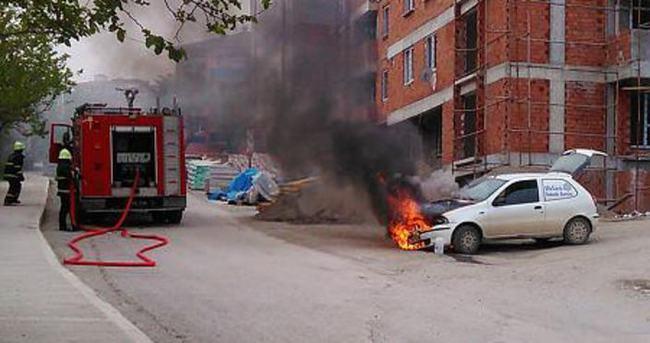Su pompası bozulan itfaiye yangına tüple müdahale etti