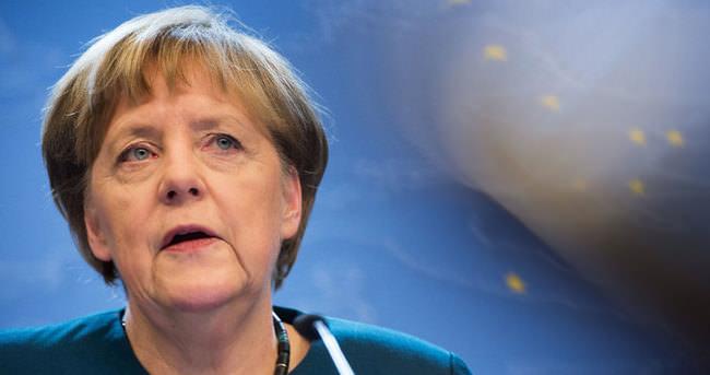 Merkel'in ziyareti öncesi 110 milyon Euro geldi