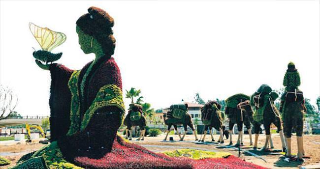 Canlı 108 heykel turistleri çekecek