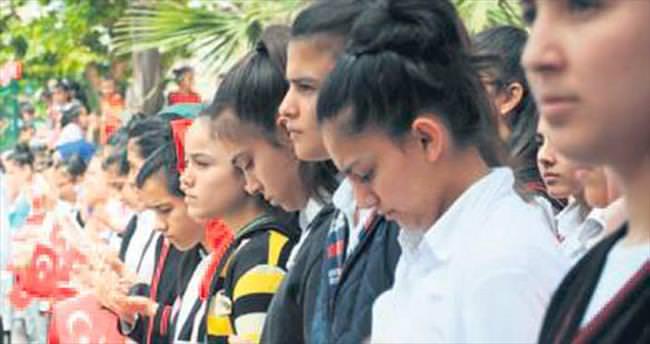 Miniklerden asker için dua