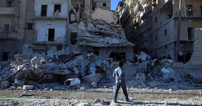 Rus jetleri Halep'i vurdu: 10 sivil öldü