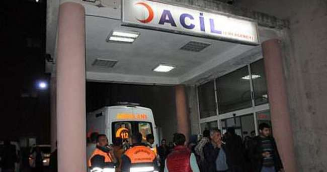Hakkari'de üzerine rögar kapağı düşen işçi yaralandı