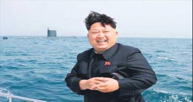 'Denizaltıdan balistik füze fırlattı'