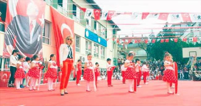 Dans gösterisi ayakta alkışlandı